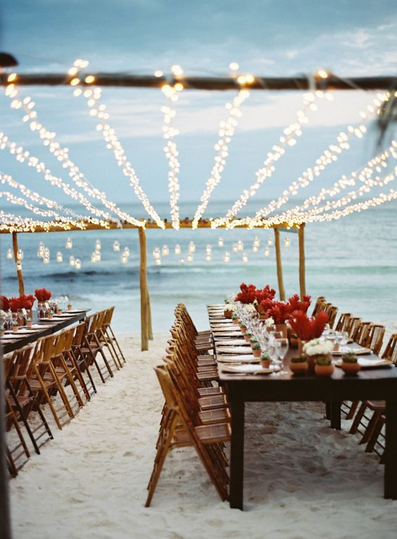 destination-wedding-etiquette