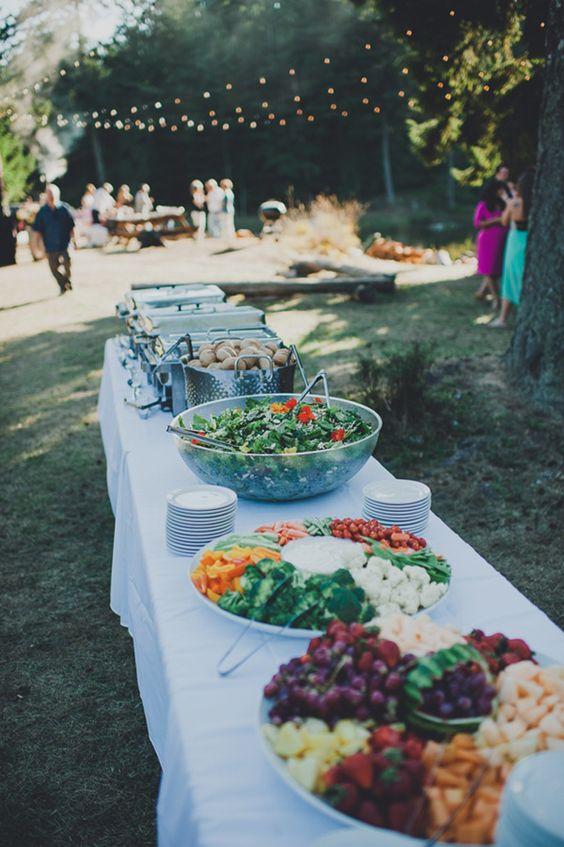 wedsites-blog-different-wedding-food-serving-styles