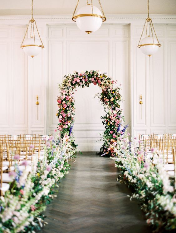 how-much-do-wedding-flowers-cost?