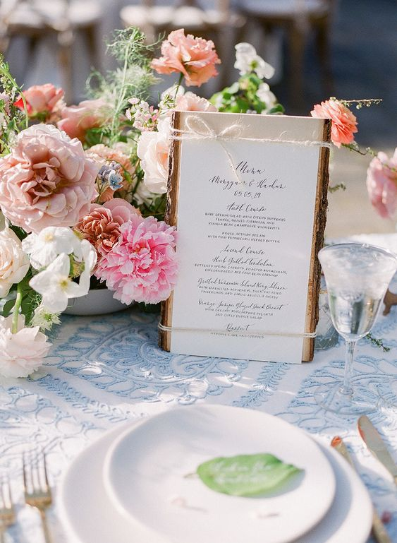 6-ways-to-save-money-on-your-wedding-stationery-and-invitations!