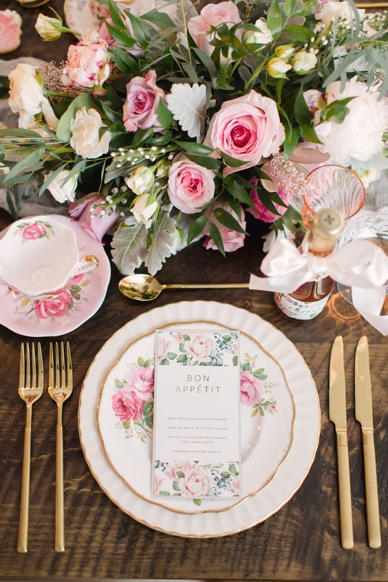 the-ultimate-guide-to-planning-the-perfect-bridal-shower!
