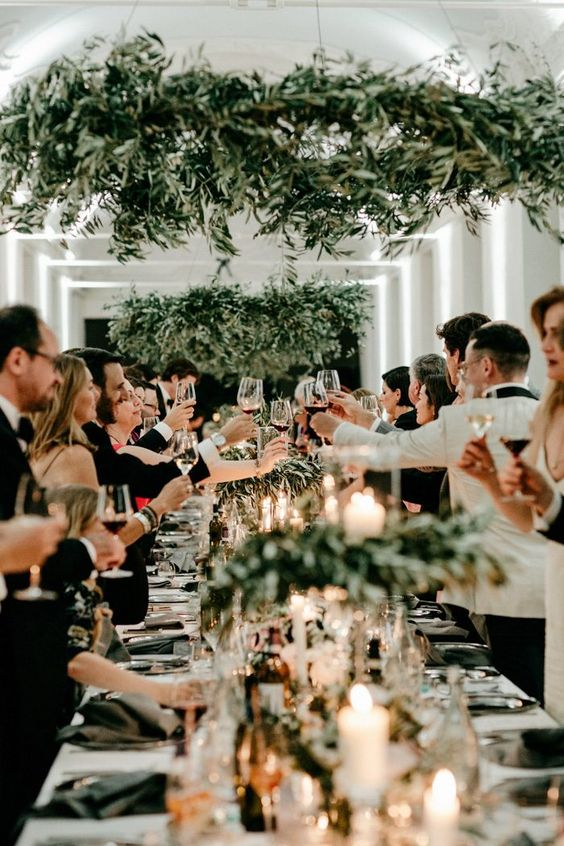 wedding-guest-etiquette:-who-needs-a-plus-one-(and-who-doesn't)