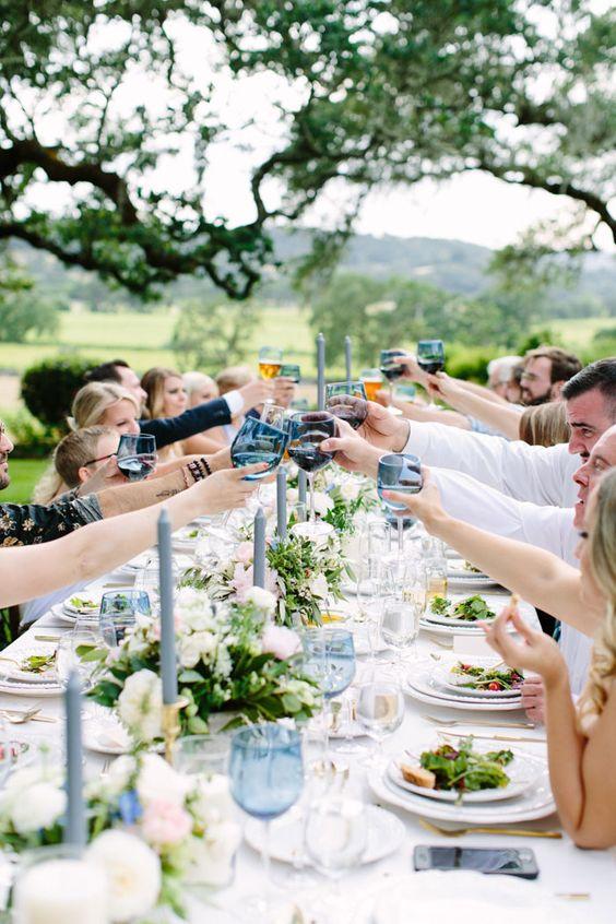 su-guía-para-el-asiento-de-boda-etiqueta-gráfica