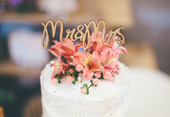 12-wedding-cake-toppers-love