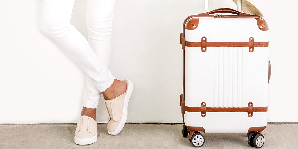 ultimate-packing-list-wedding-day